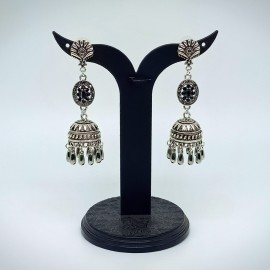 Oxidized Silver Earnings with Black Colour Stones