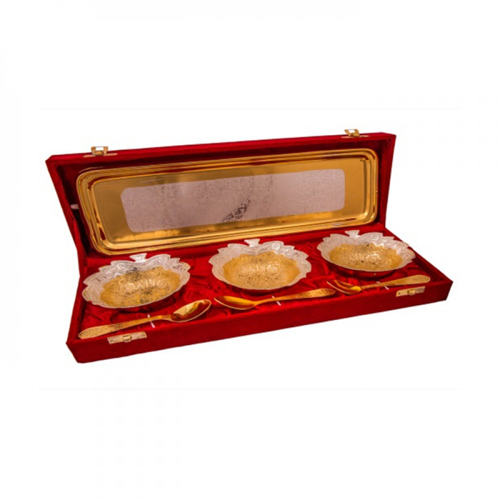 "Silver & Gold Plated Brass Leave Bowl Set 7 Pcs. (Bowl 4"" Diameter & tray 13"" x 5.5"")"